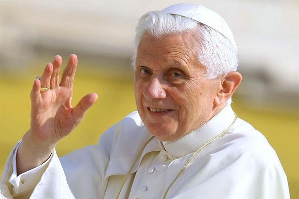 Benedetto XVI invia una lettera al Corriere, le parole che preoccupano