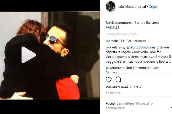 """Fabrizio Corona video Instagram: """"E allora balliamo"""""""
