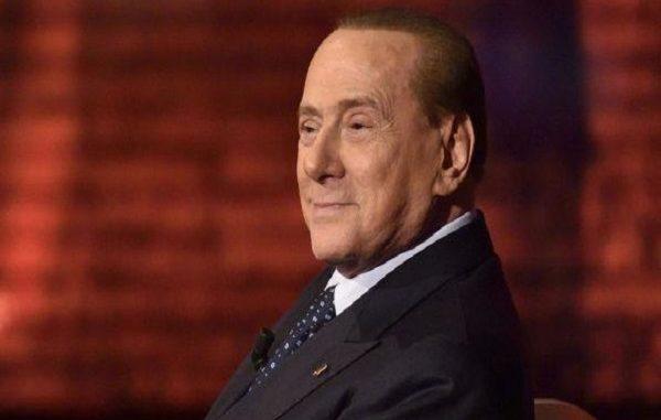 """Silvio Berlusconi elezioni 2018: """"La politica mi fa schifo"""""""