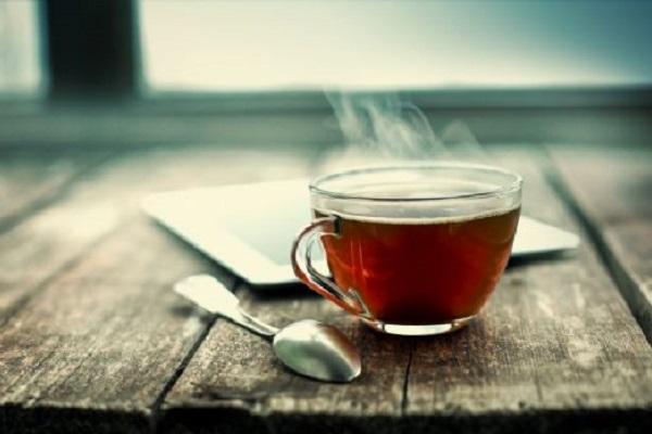 Tumore all'esofago, tra le cause il tè bollente