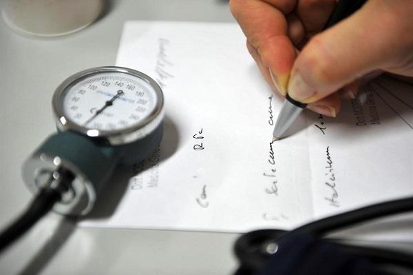 Visite mediche, tempi di attesa di 65 giorni per la sanità pubblica