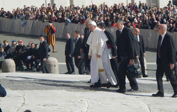 Papa Francesco durissimo:
