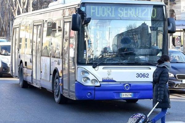 Sciopero generale 8 marzo per la Festa della Donna: trasporti a rischio