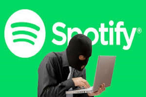 Spotify blocca chi usa app illegali, la protesta del web