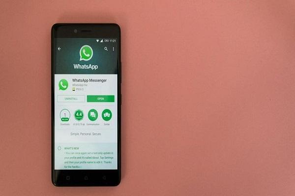 WhatsApp ancora aggiornamenti, cosa cambia nei messaggi?