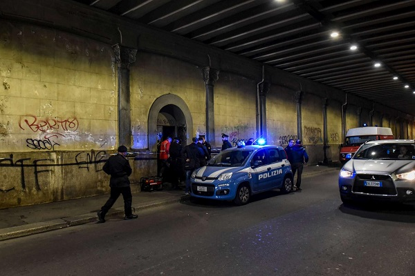 Scheletro a Milano, trovato in un ex deposito ferroviario dopo 27 anni