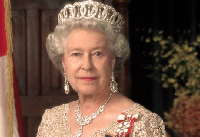 regina elisabetta ii davvero discende da maometto