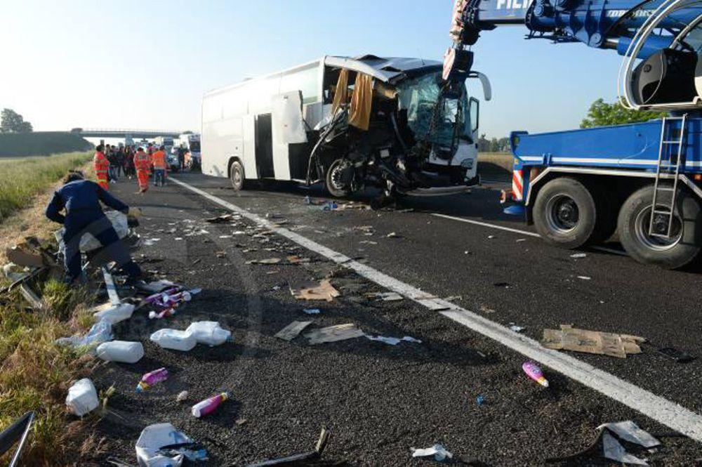 Incidente sulla A14, la vittima è un 31enne di San Giuliano Milanese