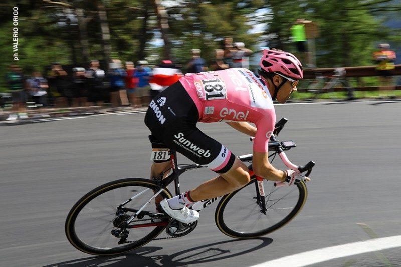 Giro d'Italia, è Tom Domoulin la prima maglia rosa