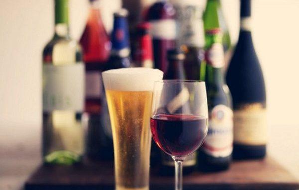 La Scozia contro l'alcolismo, chi beve paga?