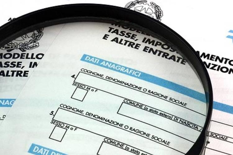 Evasione fiscale: manca più della metà degli introiti attesi
