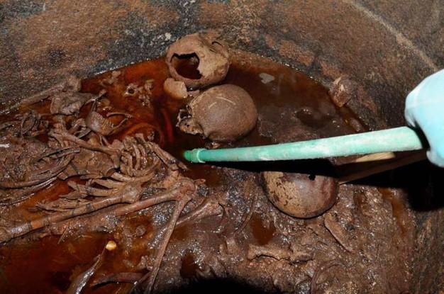Sarcofago di Alessandria: trovati tre scheletri di soldati