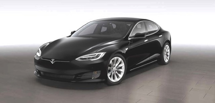 Tesla in Cina: la casa di produzione si espande in Oriente