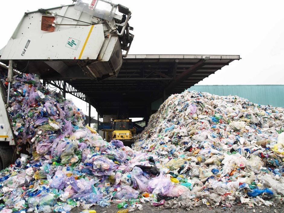 900 litri di carburante da una tonnellata di rifiuti: ecco come è possibile