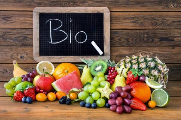 Sequestrato cibo bio, topi nelle aziende e false etichette