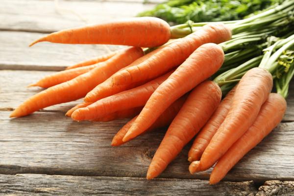 Dieta della carota, per perdere peso e abbronzatura perfetta