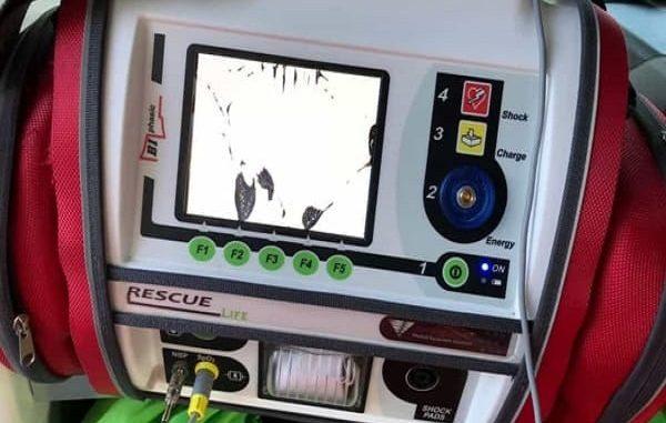 Emergenza a Gallipoli, un turista romano distrugge un'ambulanza del 118