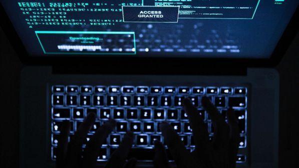 Polizia postale: arresti per furti di identità e frodi online