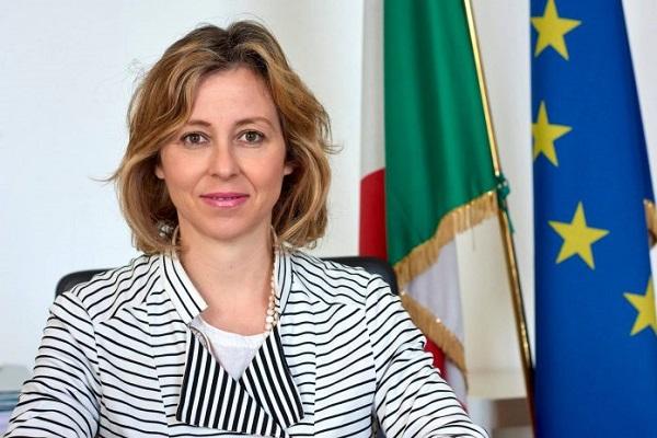 Giulia Grillo è incinta: il Ministro della Salute farà vaccinare il figlio