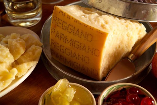 Made in Italy penalizzato da ONU: parmigiano e pizza dannosi