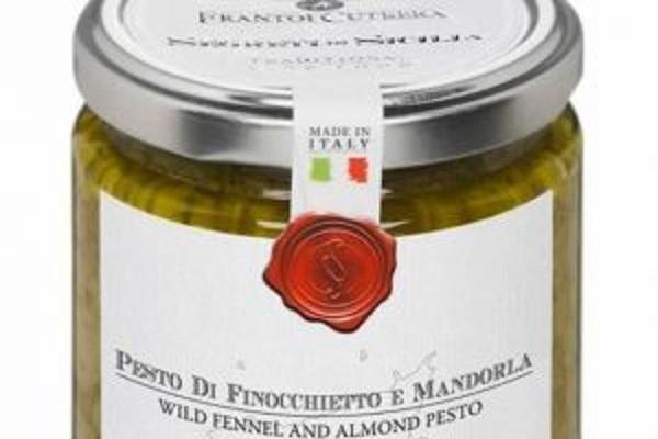 Pesto ritirato dal mercato: sospetta intossicazione da botulino