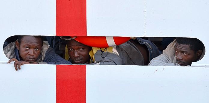 Nave Diciotti: 16 migranti sono stati fatti sbarcare
