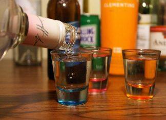 Binge drinking che cos'è? La nuova e pericolosa abitudine tra i giovani