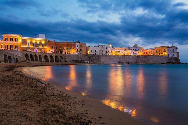 Gallipoli, scappano i turisti: il declino della Rimini del Salento