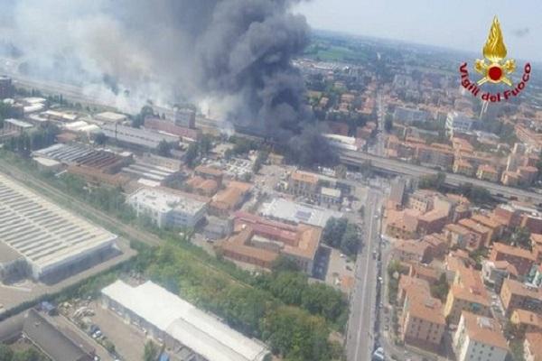 Incendio A14, la denuncia del Vigile del Fuoco