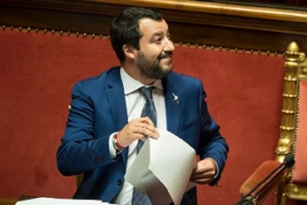 Legge di Bilancio stop bonus 80 euro e aumento IVA, replica Salvini