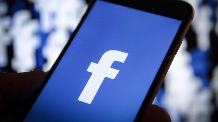 Facebook, quasi la metà dei giovani ha cancellato l'app