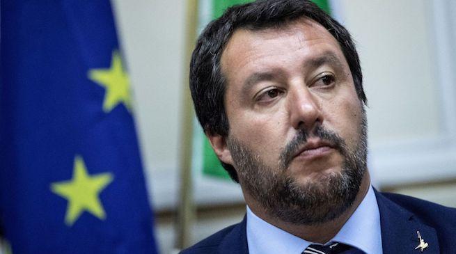 Lega: Salvini non cambierà né nome né simbolo in base alla sentenza