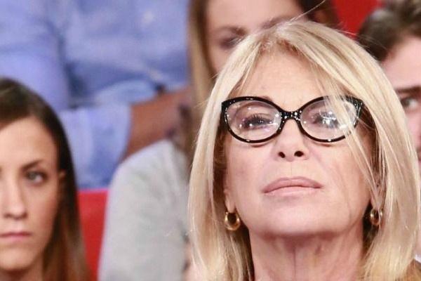 Miss Italia 2018, omaggio a Fabrizio Frizzi: la reazione di Rita Dalla Chiesa