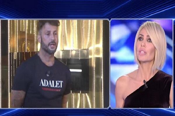 Fabrizio Corona non si ferma e prepara la vendetta contro Ilary Blasi
