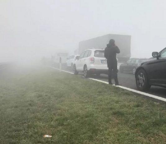 incidenti nebbia tamponamento