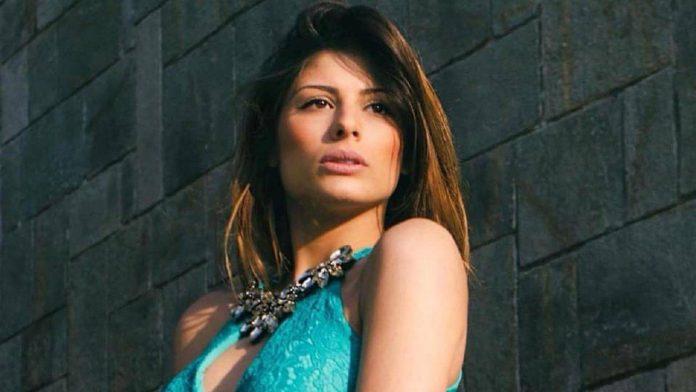 Uomini e Donne nella bufera, Giulia Cavaglia contro Angela Nasti: