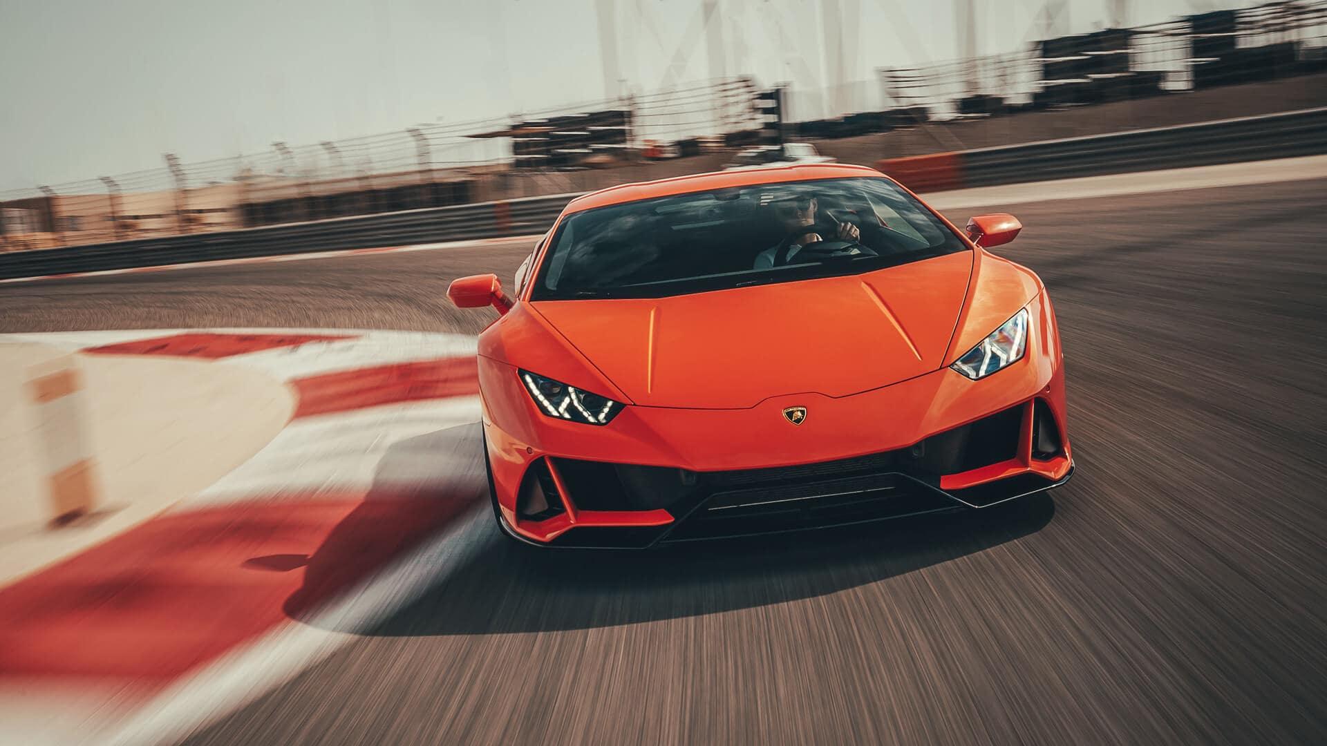 Automobili Lamborghini intensifica le misure di contrasto alla diffusione della pandemia