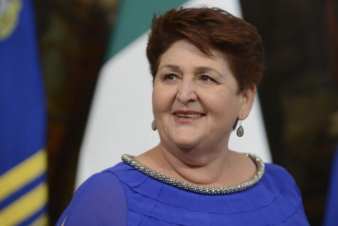 Teresa Bellanova chi è, carriera e vita privata di Teresa Bellanova